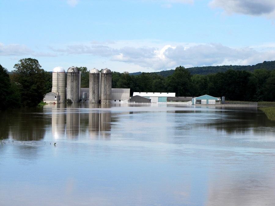Commercial Flood Water Damage AI/MBC