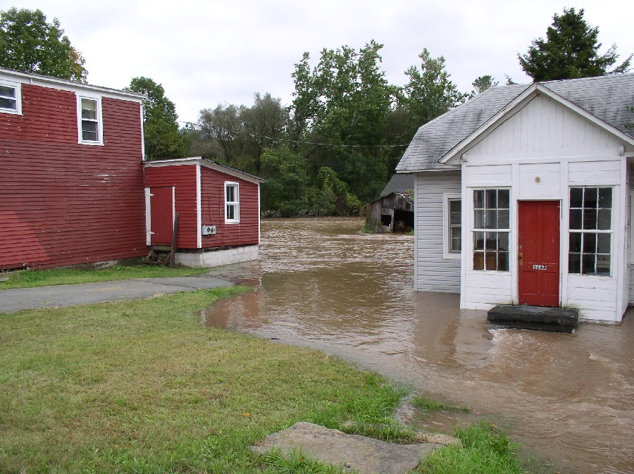 Homeowner Flood Insurance Claim AI/MBC